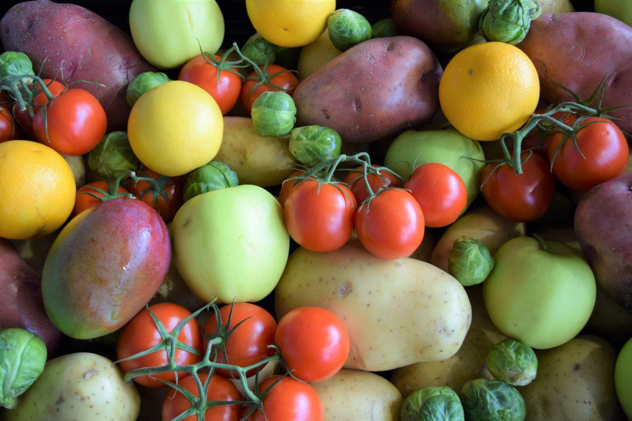 Food-Bank-Produce